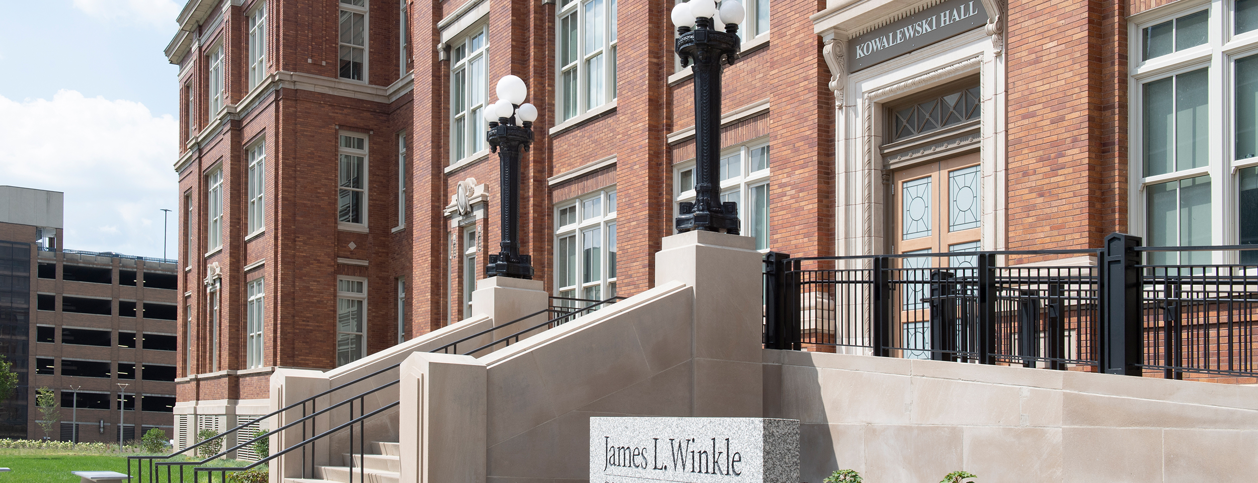 James L. Winkle College of Pharmacy